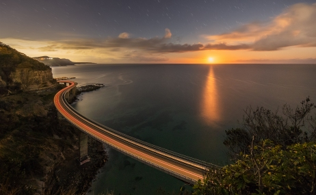 p-37 Tony_Moonrise at Seacliff Bridge